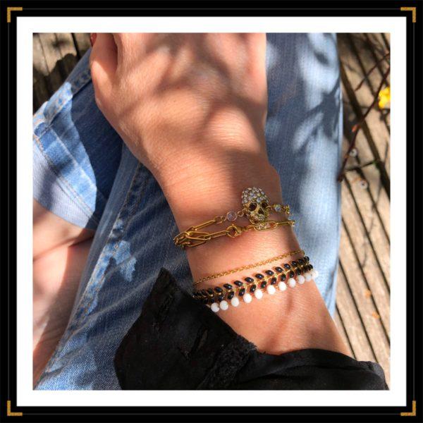 Ztrassees a mort bracelets portes accumulations